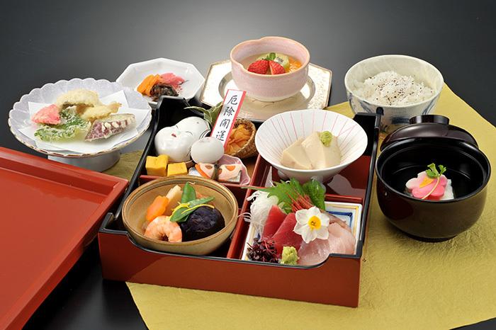 lunch_spring.jpg